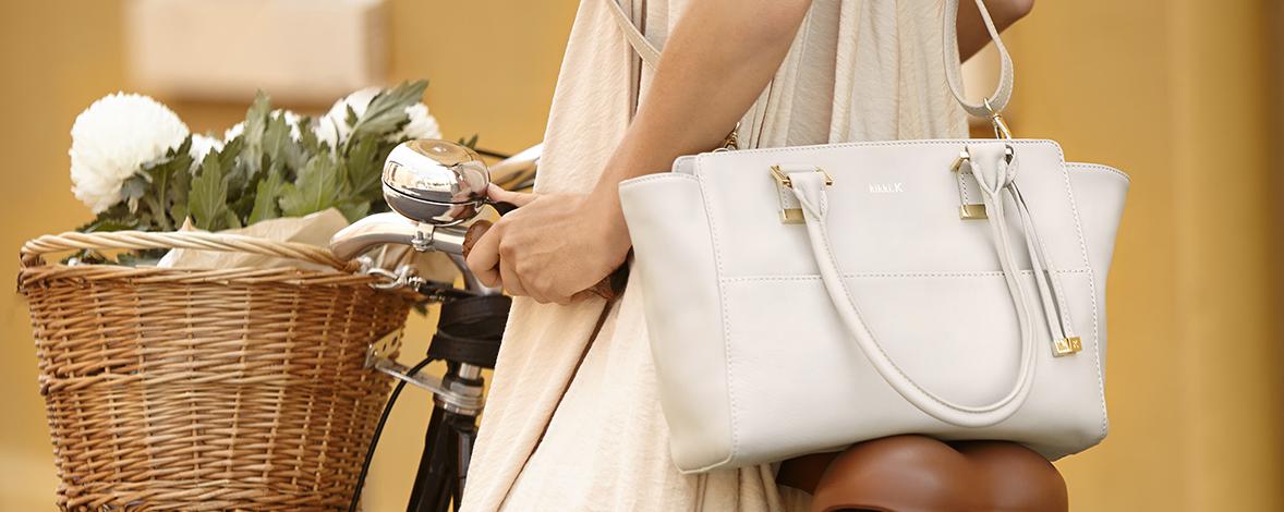 Isabelle Shoulder Bag