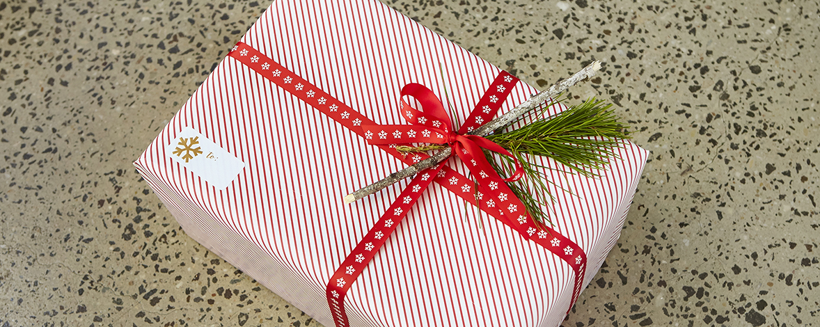 Traditional Gift Wrapping