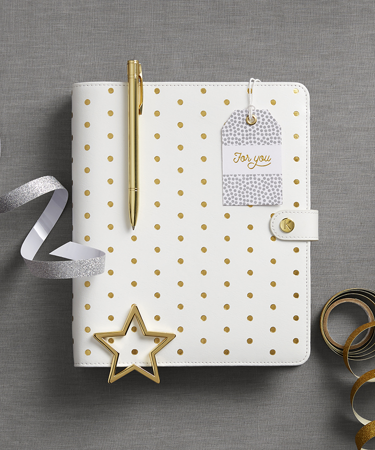 Discover gift ideas for her at kikki.K