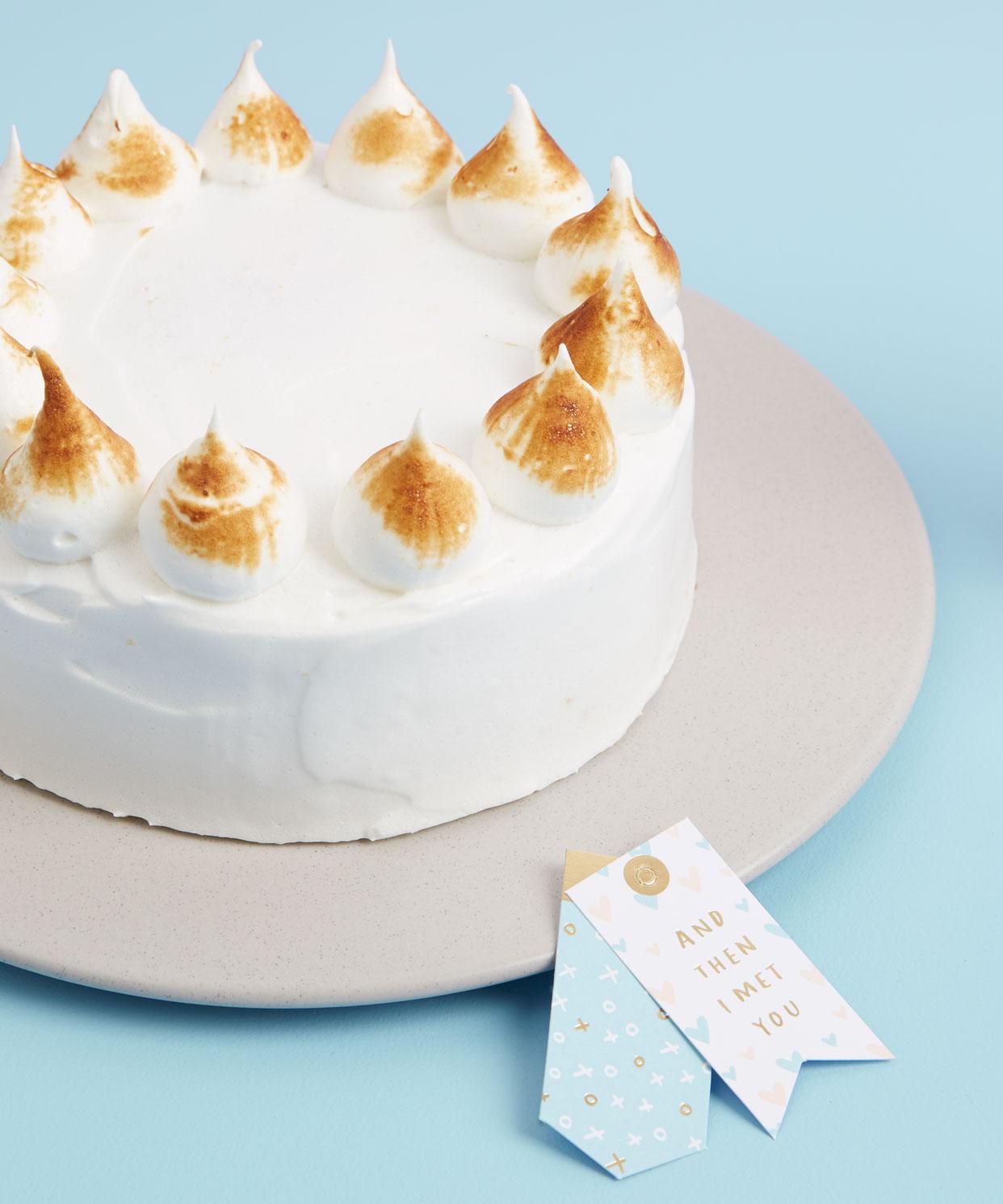 Enjoy this coconut meringue cake recipe