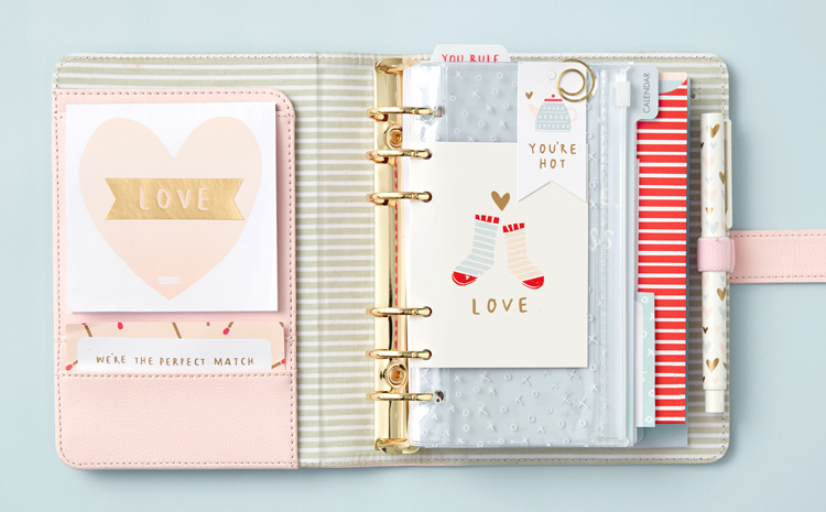 How to decorate your planner for Valentine's Day