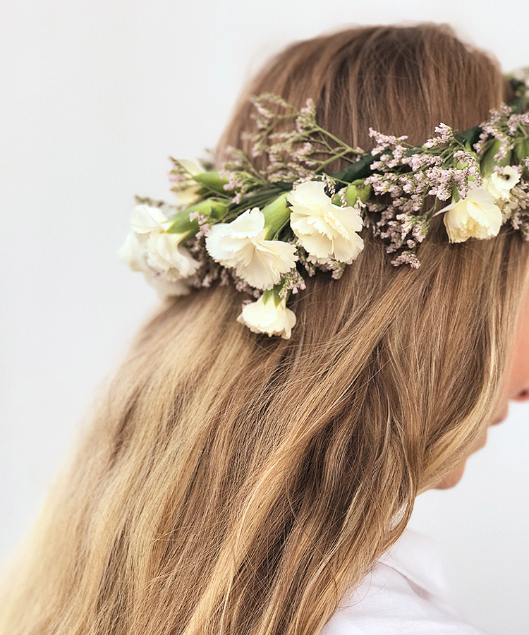 How to make a Swedish flower crown