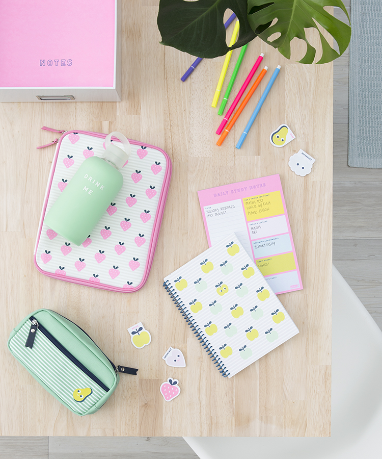 3 Desk Looks | Cute Desk for Students