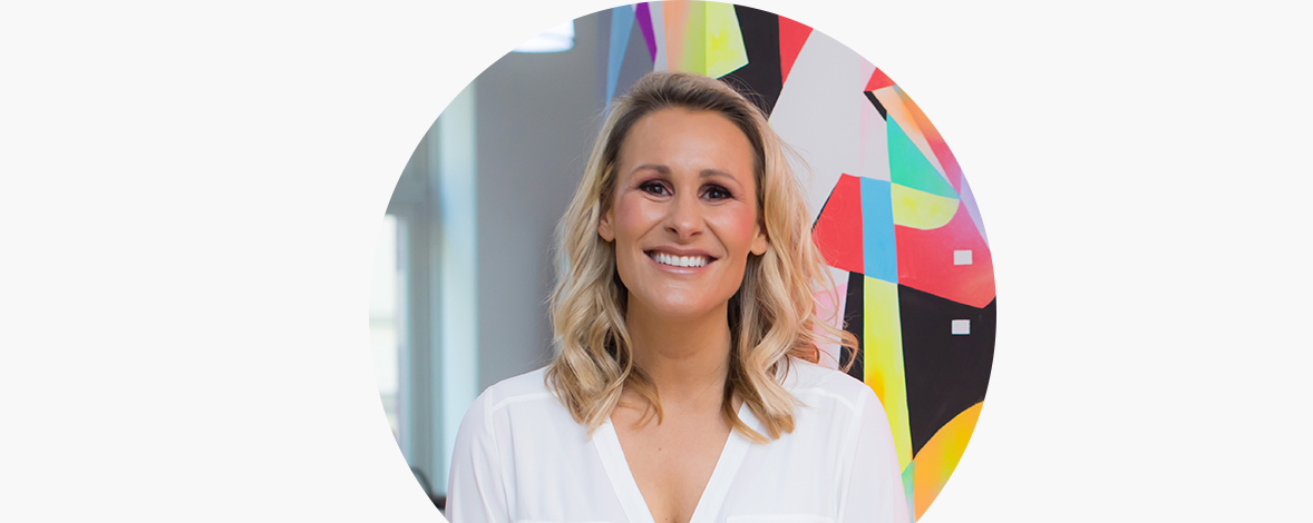 Emma Isaacs: Networking, Kindness & Winging It with Global CEO of Business Chicks – Your Dream Life Podcast Episode 10